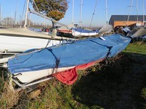 abandoned-boat-d06